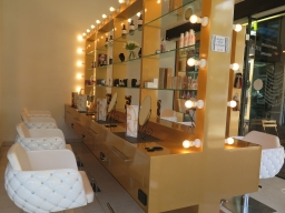 A look inside Hollywood Blowouts & Medi Spa